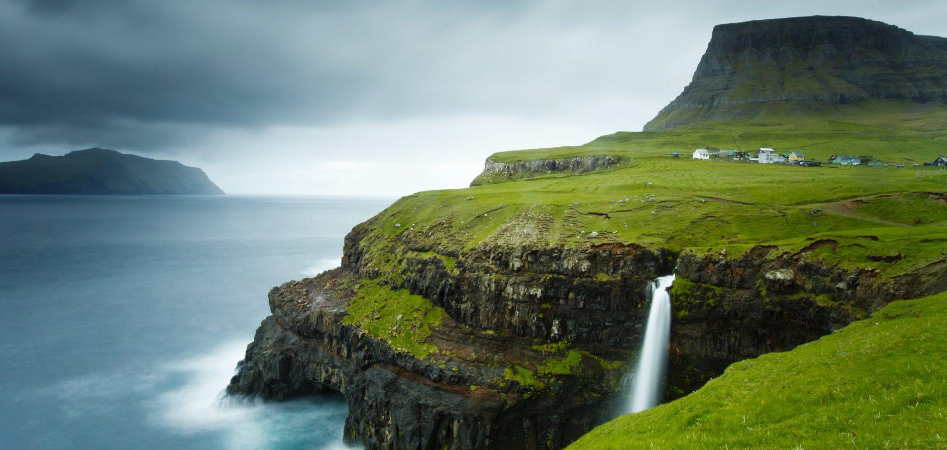 Willkommen auf den Färöer Inseln ...ungestört, eigen & wild!