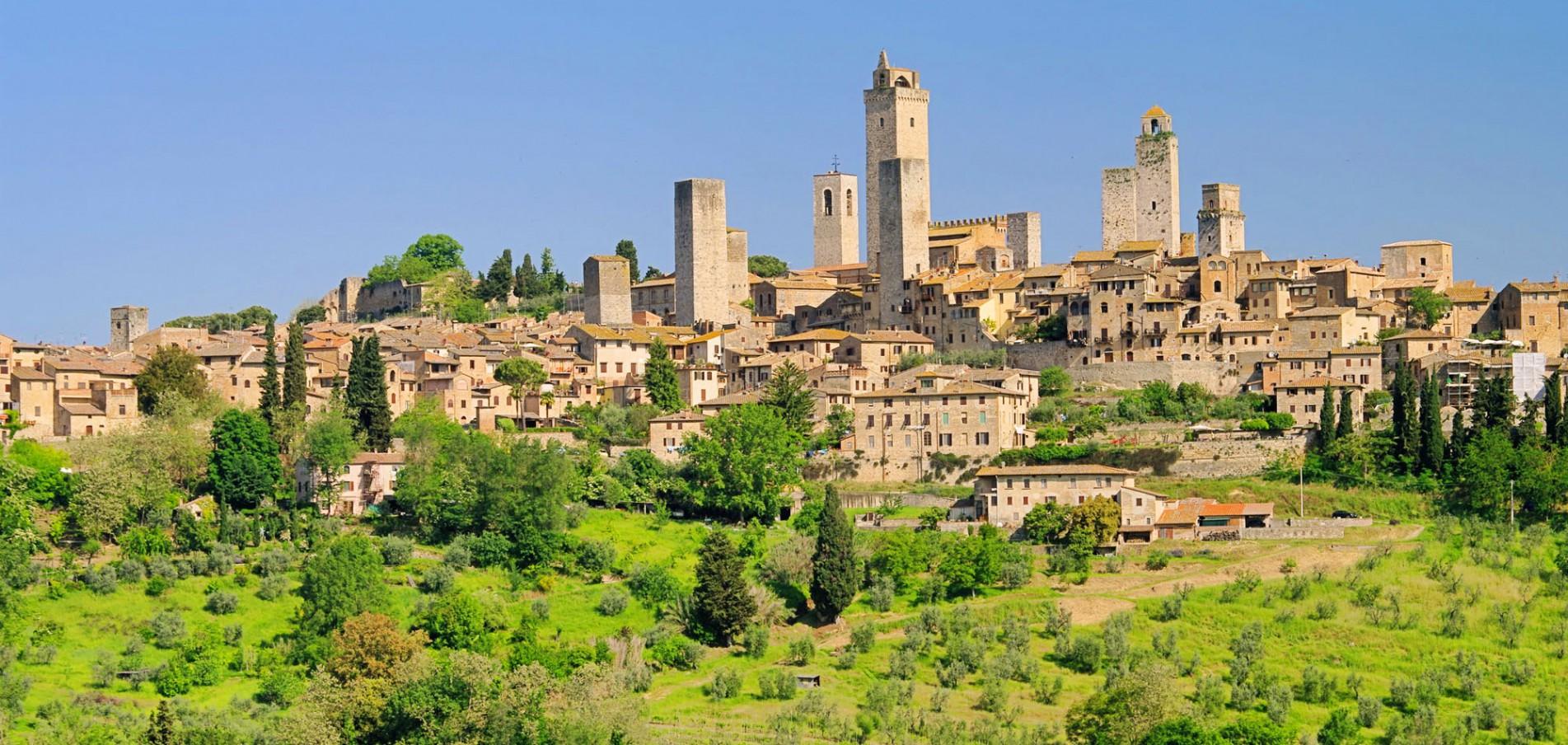 Willkommen in der Toskana ... Sonne, Weinberge und historische Städte!