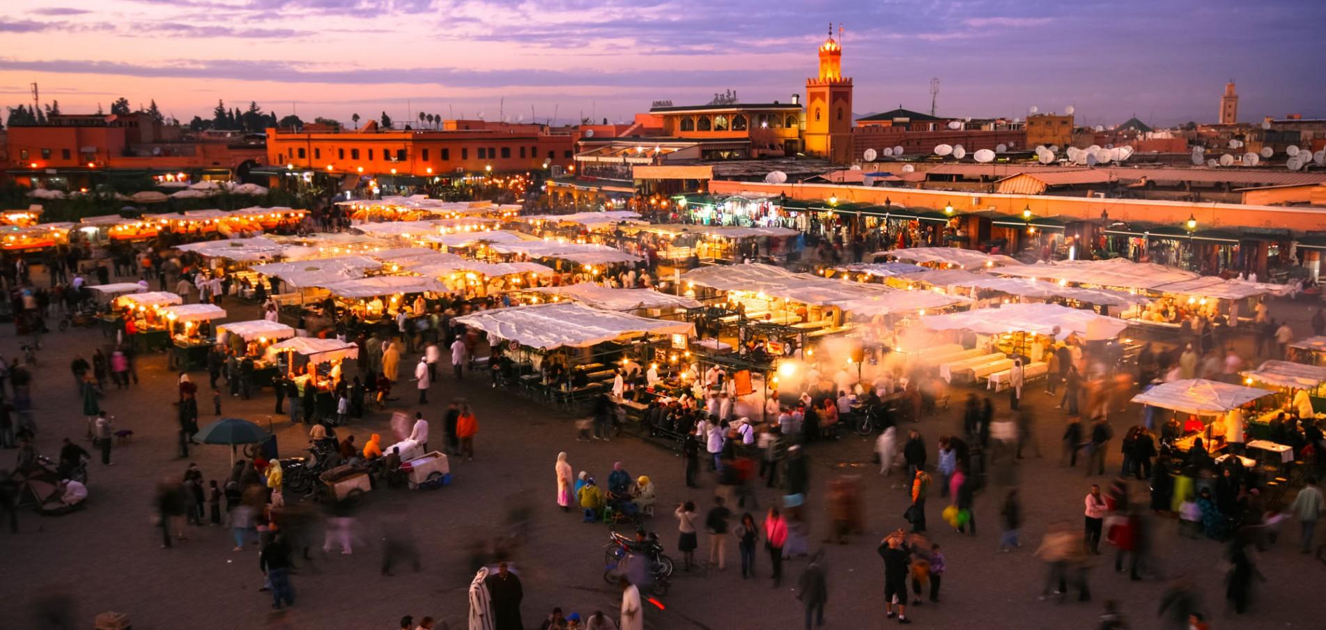 WILLKOMMEN IN MARRAKESCH ...Stadt der Berber, Gaukler und Wahrsager!