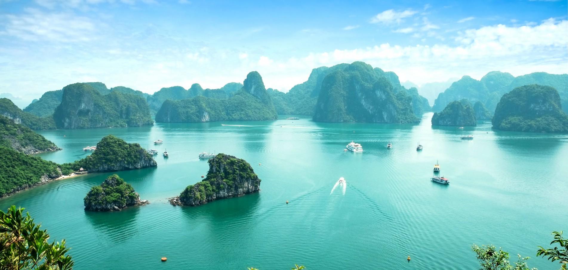 WILLKOMMEN IN VIETNAM ...bezaubernde Küste, smaragdgrüne Berge und so viel mehr!