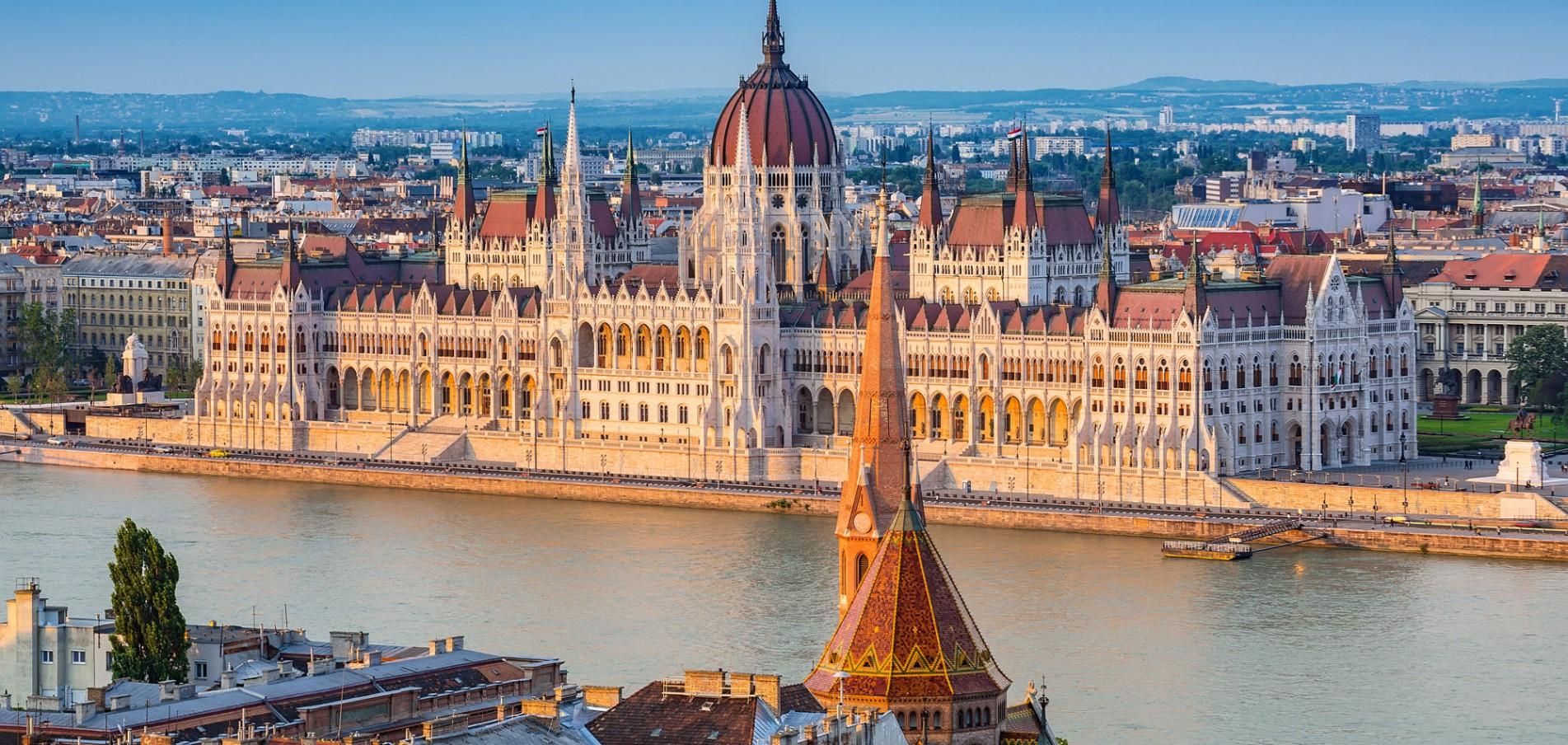 WILLKOMMEN IN BUDAPEST ... der Perle der Donau!