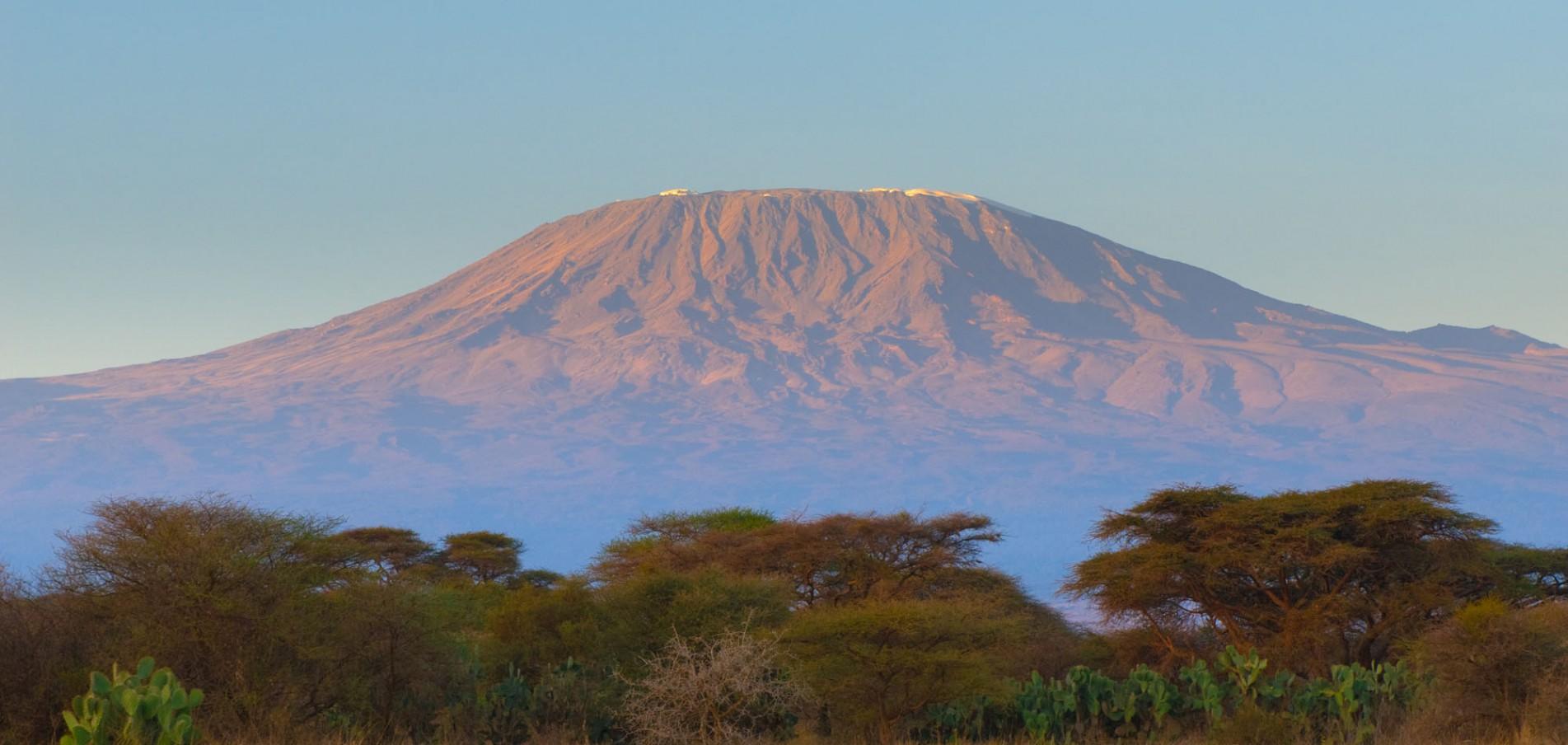 WILLKOMMEN IN TANSANIA ...Big Five, Serengeti und der höchste Berg Afrikas!
