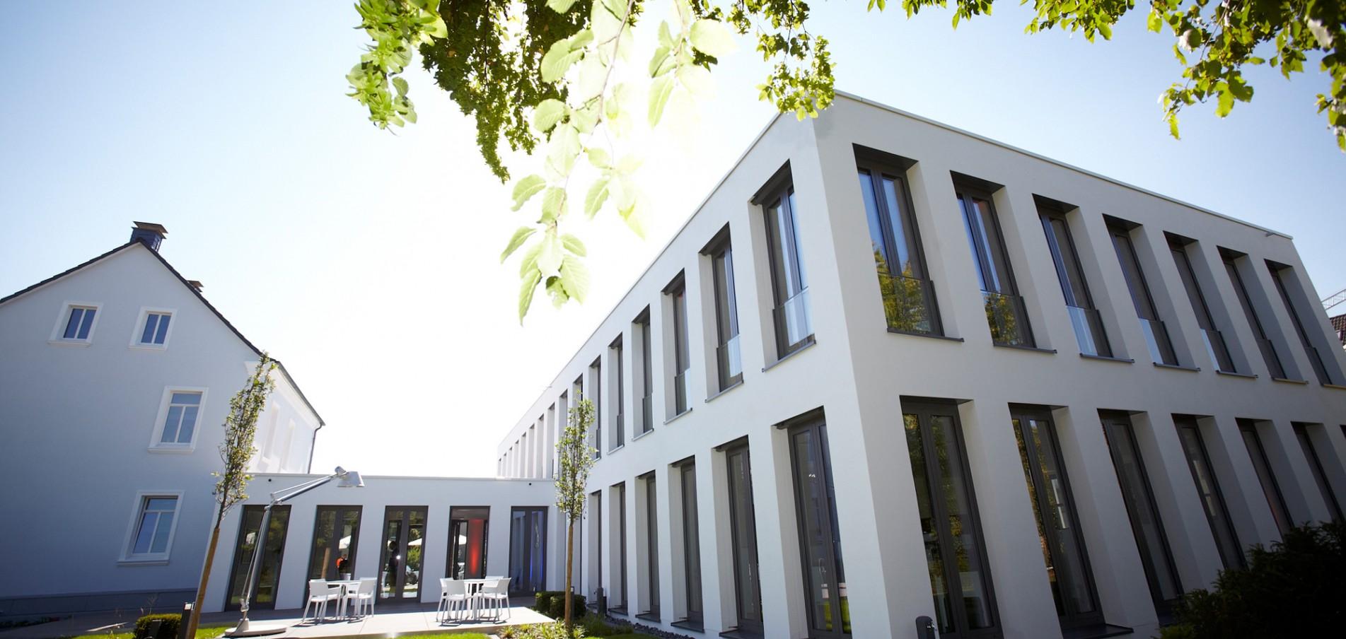 Gebäude- und Firmeneinweihungsfeiern In Deutschland und weltweit