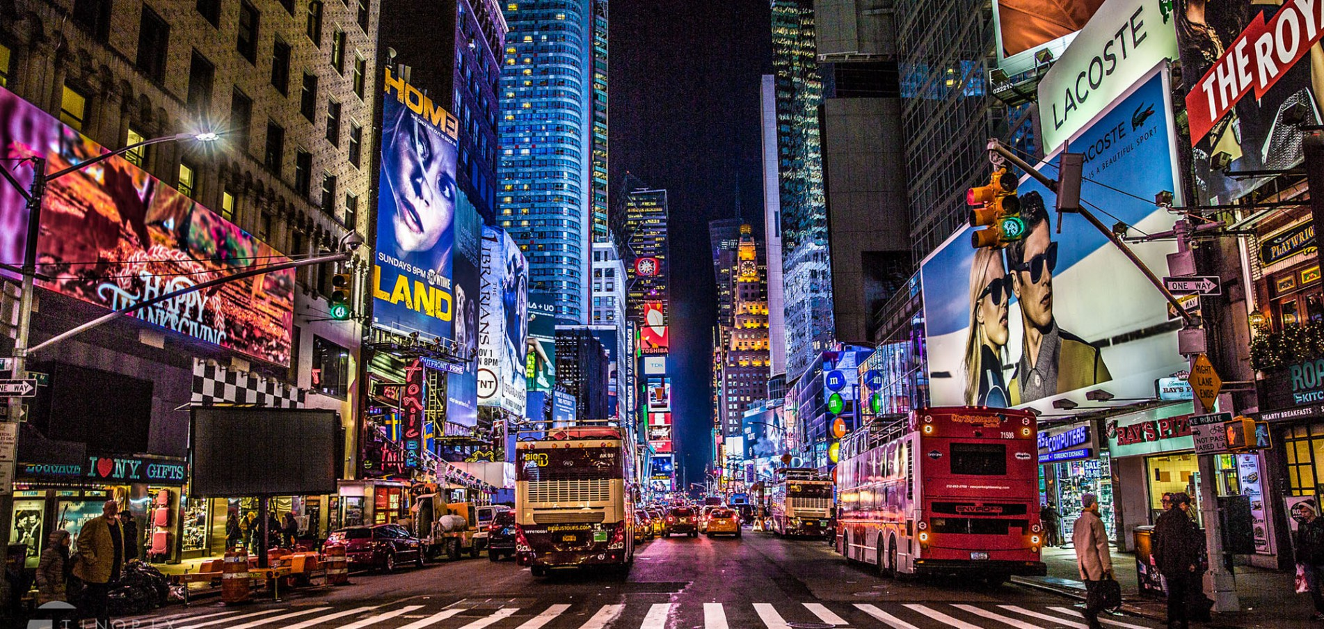 LICHTERMEER AM TIMES-SQUARE ... ein Must-See!
