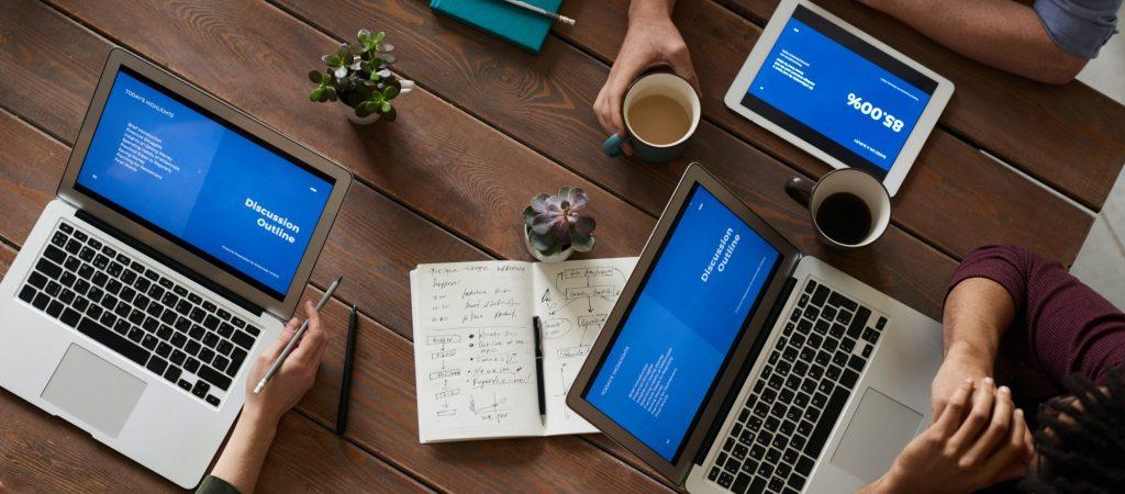 pexels-digital-meeting